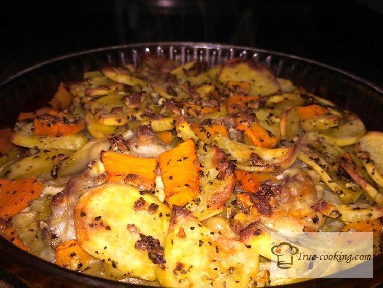 Тыква запеченная с картошкой в духовке