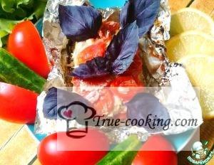 Рыба с базиликом и помидорами